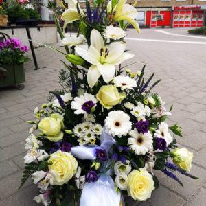 begravningsblommor vit blå